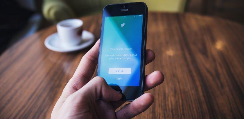 Optimize-Social-Media-Profiles